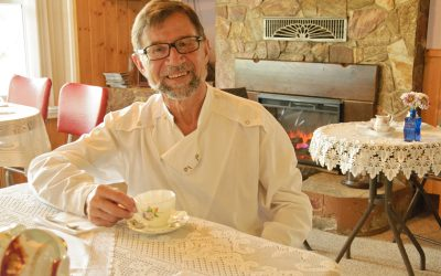 Simply Simon's offering tea and treats in Riondel